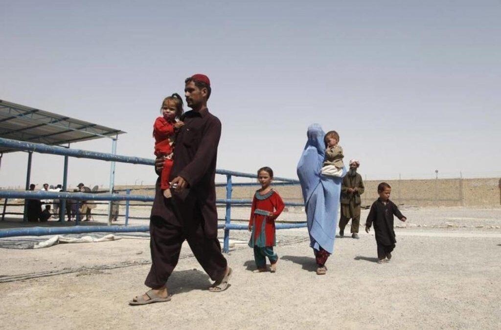 AFGHANISTAN: Pakistan plans talks with Afghanistan, UN agency over refugees' return